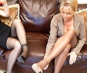 Mature feet smelling -..