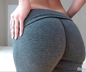 Mom With Big Ass On..