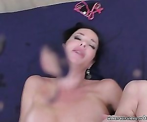 Veronica Avluv squirts..