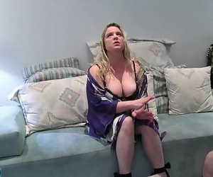 MILF gets even with her..